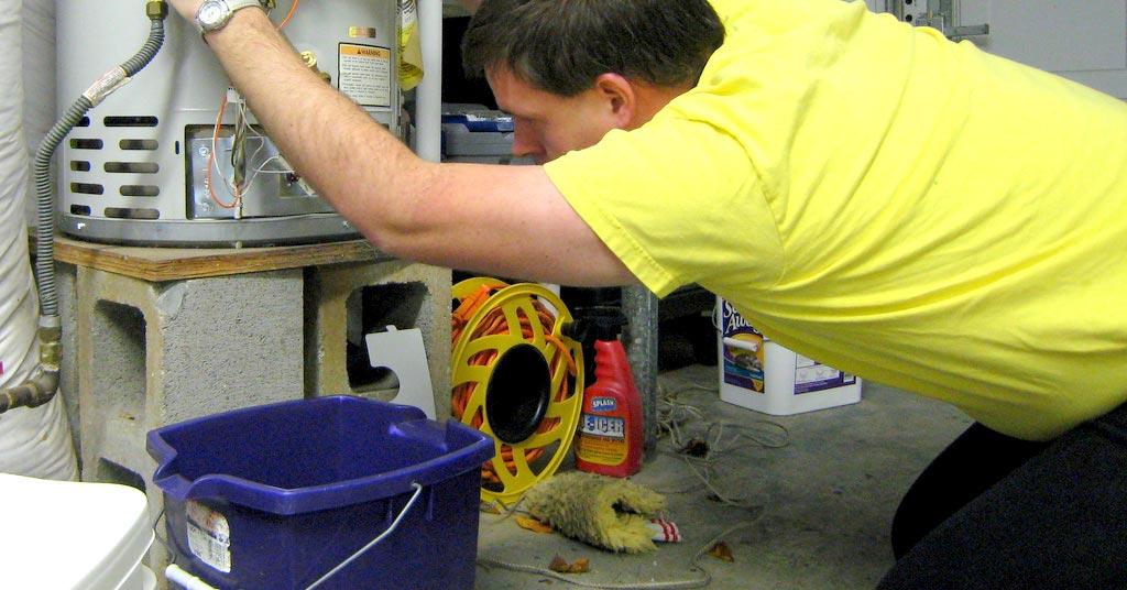 lämminvesivaraaja vuotaa rikki kuopio putkisäätö putkimies